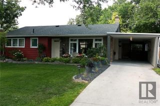 Photo 2: 43 Mohawk Bay in Winnipeg: Niakwa Park Residential for sale (2G)  : MLS®# 1820213