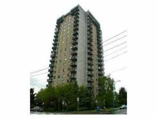 Photo 1: 303 145 ST GEORGES Ave in North Vancouver: Home for sale : MLS®# V834868