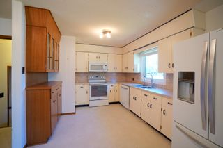 Photo 7: 82 Grafton St in Macgregor: House for sale : MLS®# 202123024