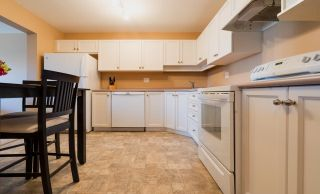 "Photo 3: 406 2435 CENTER Street in Abbotsford: Central Abbotsford Condo for sale in ""Cedar Grove Place"" : MLS®# R2568615"