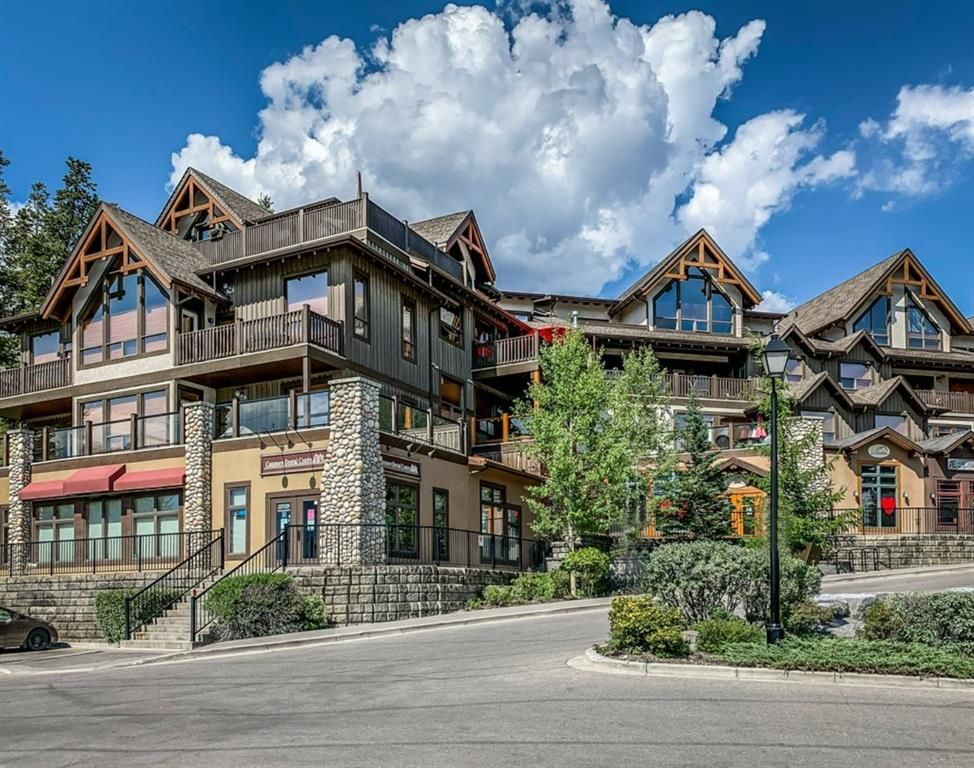 Main Photo: 301 701 Benchlands Trail: Canmore Apartment for sale : MLS®# A1019665