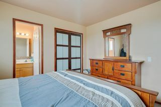 Photo 15: 716 HUNTS Crescent NW in Calgary: Huntington Hills Detached for sale : MLS®# C4299076