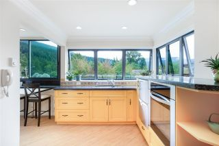 """Photo 13: 102 2181 PANORAMA Drive in North Vancouver: Deep Cove Condo for sale in """"Panorama Place"""" : MLS®# R2496386"""