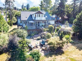 Photo 3: 3938 Island Hwy in : CV Courtenay South House for sale (Comox Valley)  : MLS®# 881986