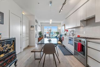 """Photo 6: 404 2141 E HASTINGS Street in Vancouver: Hastings Condo for sale in """"THE OXFORD"""" (Vancouver East)  : MLS®# R2579548"""