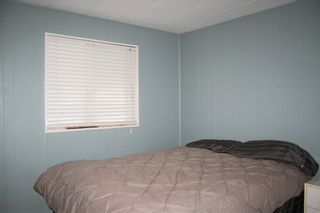 "Photo 13: 50 9960 WILSON Street in Mission: Mission-West Manufactured Home for sale in ""Ruskin Place"" : MLS®# R2426100"
