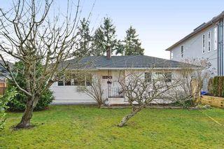 Photo 1: 14436 17 Avenue in Surrey: Sunnyside Park Surrey House for sale (South Surrey White Rock)  : MLS®# R2373739
