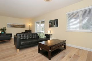 """Photo 4: 1247 161A Street in Surrey: King George Corridor House for sale in """"Meridian Park"""" (South Surrey White Rock)  : MLS®# R2149544"""