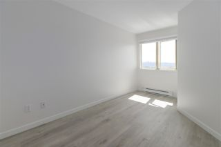 """Photo 13: 408 210 CARNARVON Street in New Westminster: Downtown NW Condo for sale in """"Hillside Heights"""" : MLS®# R2461526"""