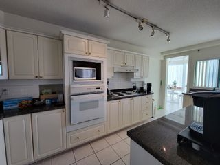 """Photo 8: 9C 328 TAYLOR Way in West Vancouver: Park Royal Condo for sale in """"WEST ROYAL"""" : MLS®# R2625618"""