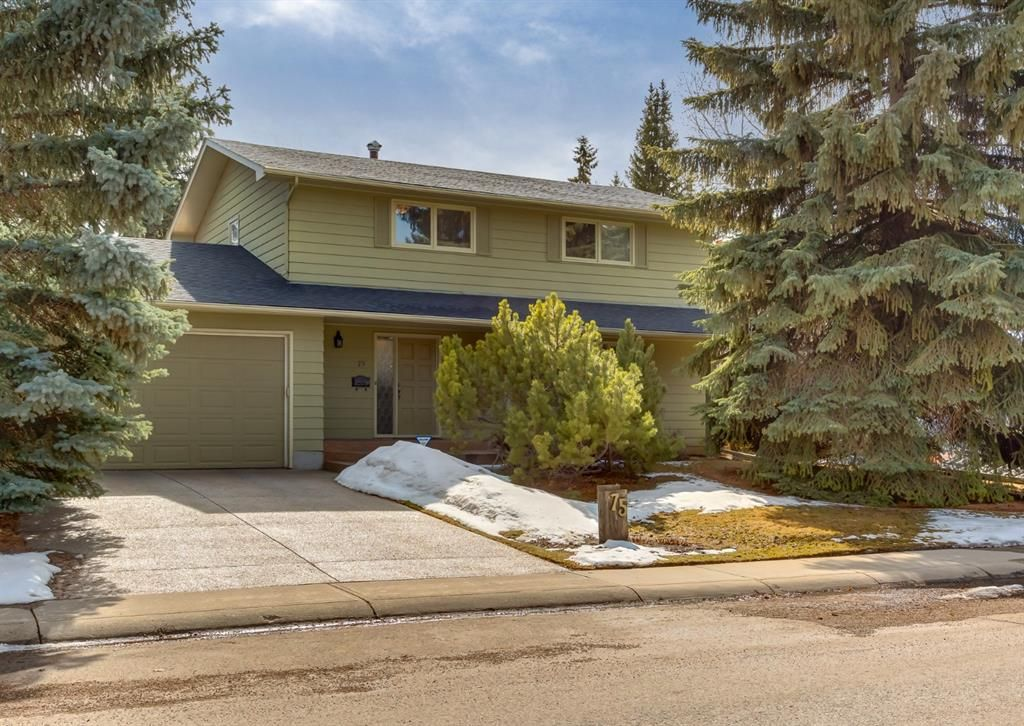 Main Photo: 75 Bay View Drive SW in Calgary: Bayview Detached for sale : MLS®# A1087927