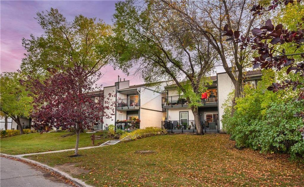 Main Photo: 40 126 Portsmouth Boulevard in Winnipeg: Tuxedo Condominium for sale (1E)  : MLS®# 202124692