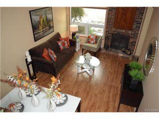 Photo 2: 27 Lake Albrin Bay in Winnipeg: Waverley Heights Residential for sale (1L)  : MLS®# 1706470