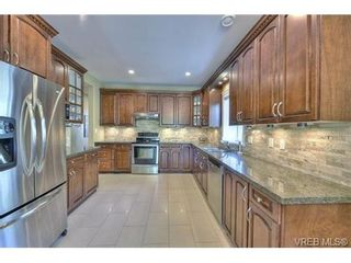 Photo 6: 1170 Deerview Pl in VICTORIA: La Bear Mountain House for sale (Langford)  : MLS®# 729928