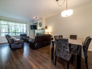 Photo 8: 7111 MONT ROYAL SQUARE in Vancouver: Champlain Heights Townhouse for sale (Vancouver East)  : MLS®# R2611026