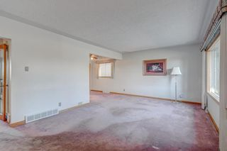 Photo 12: 2823 Canmore Road NW in Calgary: Banff Trail Detached for sale : MLS®# A1153818