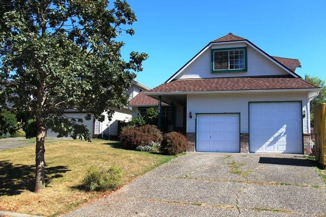 Main Photo: 8708 149 STREET in Surrey: Home for sale : MLS®# R2204720
