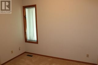 Photo 10: 11 Erminedale Bay N in Lethbridge: House for sale : MLS®# A1093060