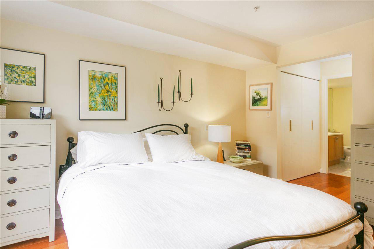 """Photo 8: Photos: 309 2181 W 12TH Avenue in Vancouver: Kitsilano Condo for sale in """"Carlings"""" (Vancouver West)  : MLS®# R2517965"""