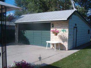 Photo 8: 50 CAPULET Crescent in Winnipeg: Westwood / Crestview Single Family Detached for sale (West Winnipeg)  : MLS®# 2514308