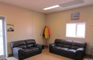 Photo 2: 10002 Thatcher Avenue in North Battleford: Parsons Industrial Park Commercial for sale : MLS®# SK867650