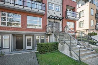 """Photo 2: 102 5632 KINGS Road in Vancouver: University VW Townhouse for sale in """"POLLOCK"""" (Vancouver West)  : MLS®# R2109342"""