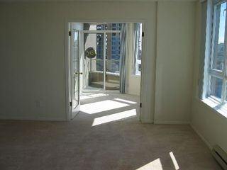 """Photo 13: 1404 6070 MCMURRAY Avenue in Burnaby: Forest Glen BS Condo for sale in """"LA MIRAGE"""" (Burnaby South)  : MLS®# V672393"""