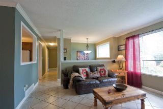 Photo 5: 2461 ALADDIN Crescent in Abbotsford: Abbotsford East House for sale : MLS®# R2003687