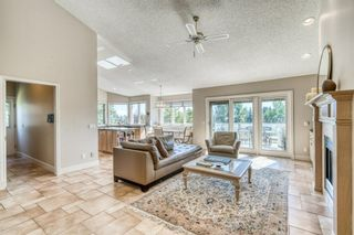 Photo 11: 555 Coach Light Bay SW in Calgary: Coach Hill Detached for sale : MLS®# A1144688