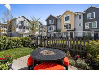 """Photo 4: 16 5550 ADMIRAL Way in Delta: Neilsen Grove Townhouse for sale in """"FAIRWINDS"""" (Ladner)  : MLS®# R2569776"""