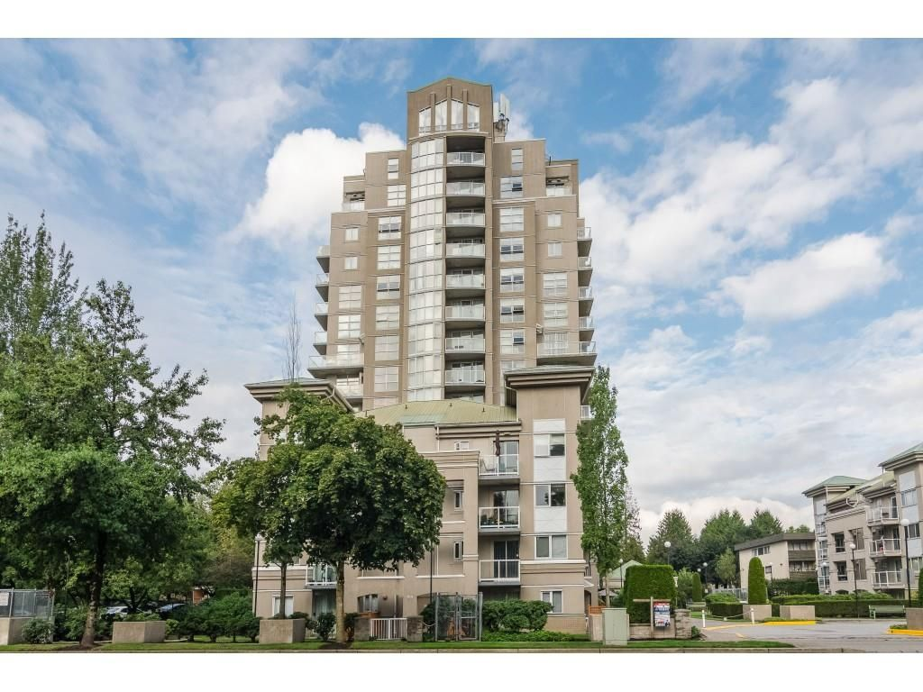 """Main Photo: 404 10523 UNIVERSITY Drive in Surrey: Whalley Condo for sale in """"GRANDVIEW COURT"""" (North Surrey)  : MLS®# R2445148"""