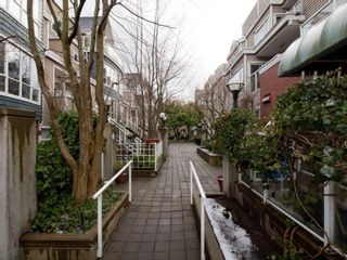 "Photo 31: 26 788 W 15TH Avenue in Vancouver: Fairview VW Townhouse for sale in ""SIXTEEN WILLOWS"" (Vancouver West)  : MLS®# V938784"