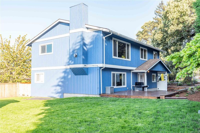 FEATURED LISTING: 798 Cecil Blogg Dr