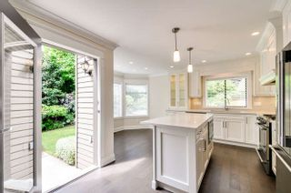 Photo 5: 2427 125A Street in Surrey: Crescent Bch Ocean Pk. House for sale (South Surrey White Rock)  : MLS®# R2072702