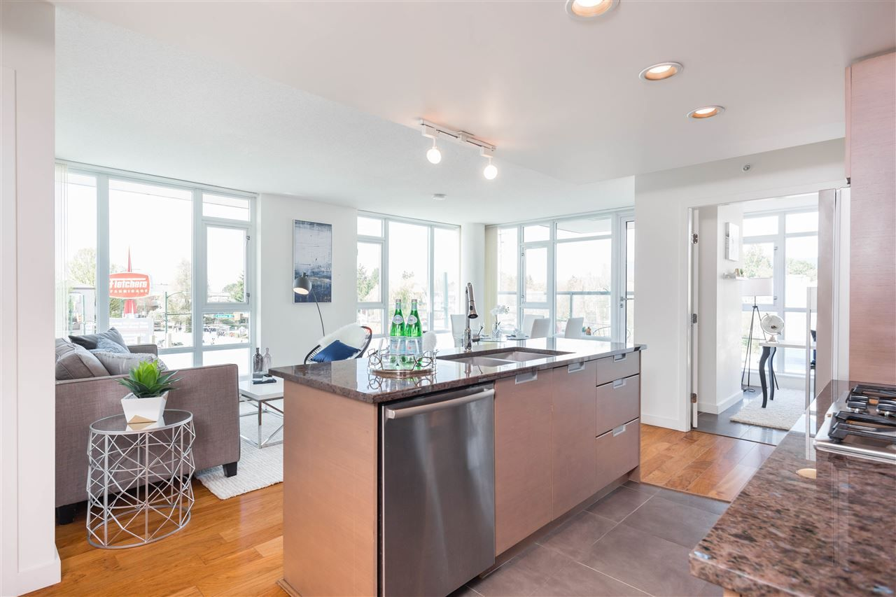 Photo 6: Photos: 365 2080 W BROADWAY in Vancouver: Kitsilano Condo for sale (Vancouver West)  : MLS®# R2380022