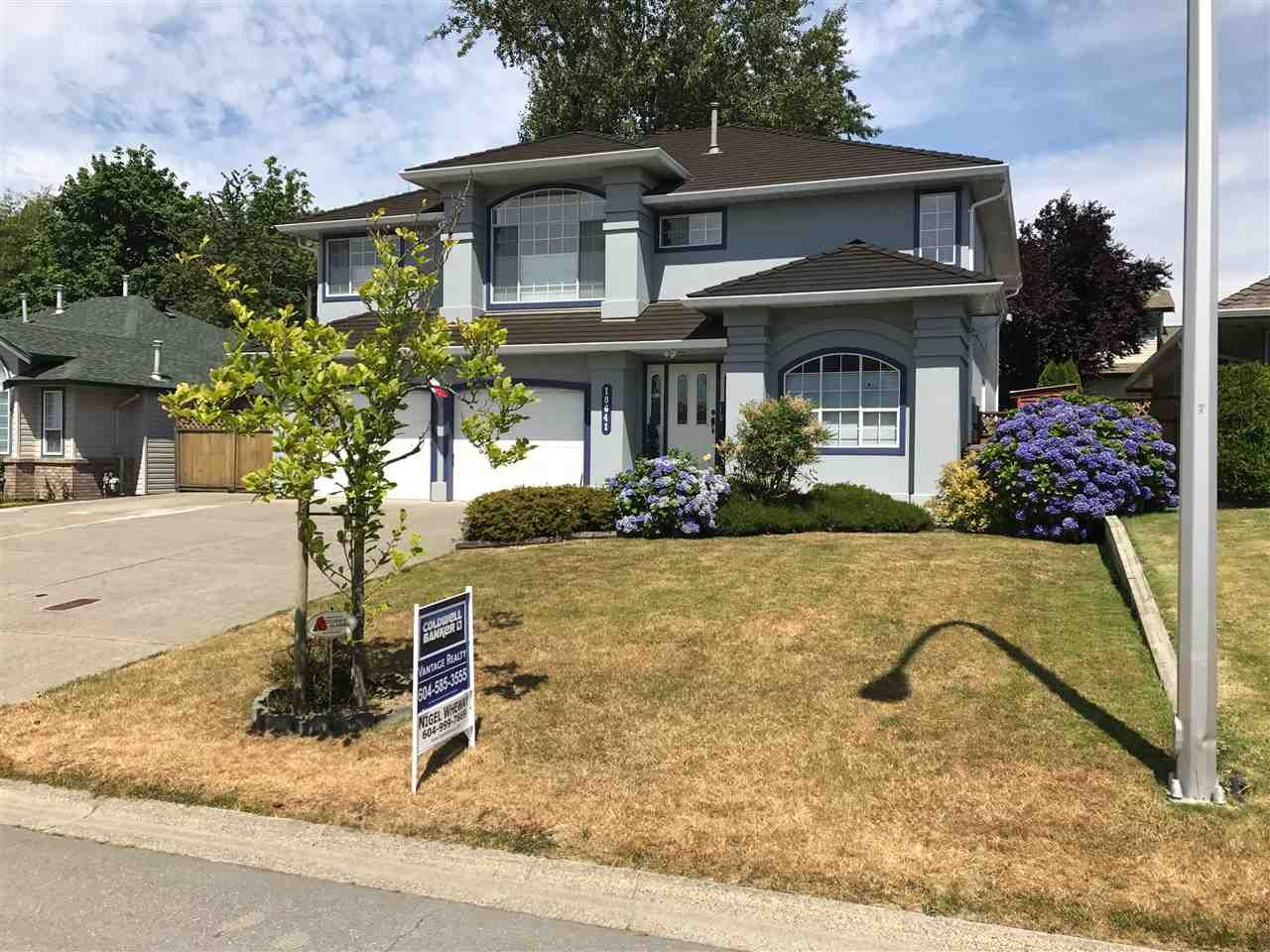 """Main Photo: 18641 56B Avenue in Surrey: Cloverdale BC House for sale in """"Fairview Estates"""" (Cloverdale)  : MLS®# R2191438"""