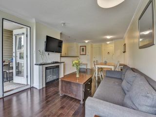"""Photo 11: 305 7088 MONT ROYAL Square in Vancouver: Champlain Heights Condo for sale in """"Brittany"""" (Vancouver East)  : MLS®# R2574941"""