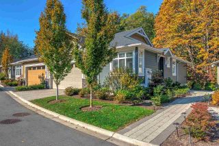 Photo 1: 14 15989 MOUNTAIN VIEW DRIVE in Surrey: Grandview Surrey Townhouse for sale (South Surrey White Rock)  : MLS®# R2476687
