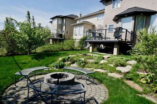 Photo 3: 186 EVERGLADE Way SW in Calgary: Evergreen Detached for sale : MLS®# C4223959