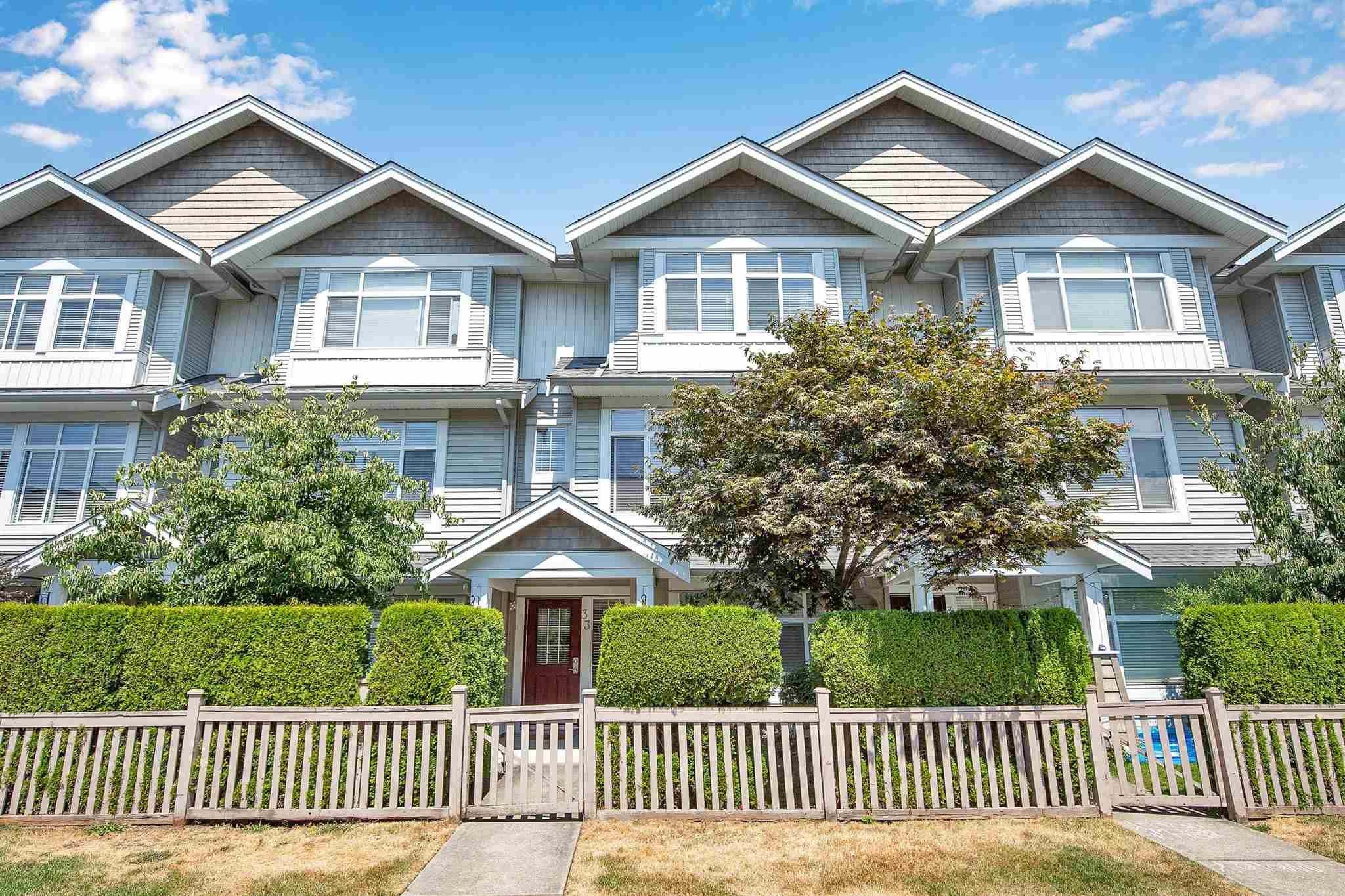 """Main Photo: 33 19330 69 Avenue in Surrey: Clayton Townhouse for sale in """"Montebello"""" (Cloverdale)  : MLS®# R2599143"""