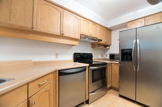 """Photo 15: 219 1236 W 8TH Avenue in Vancouver: Fairview VW Condo for sale in """"GALLERIA II"""" (Vancouver West)  : MLS®# R2186424"""