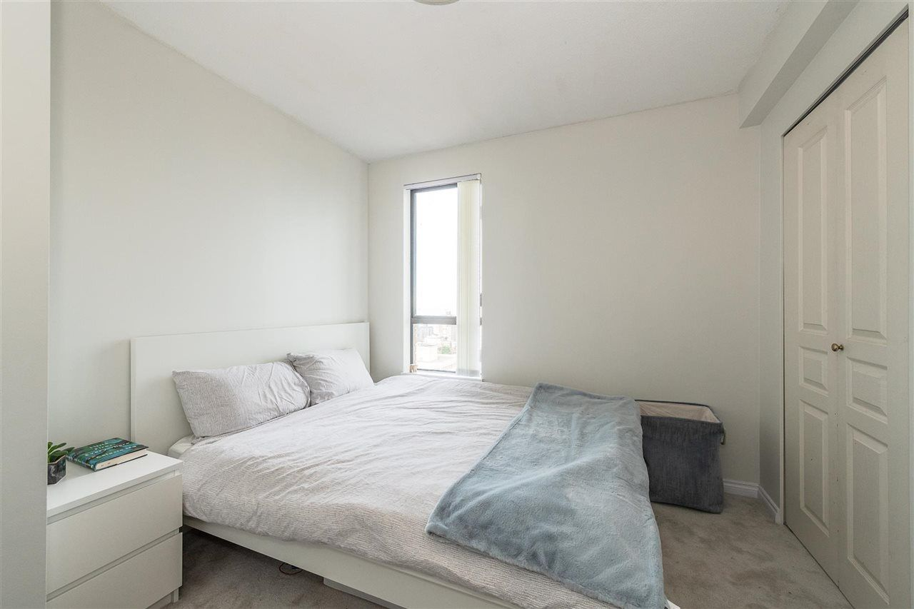 """Photo 11: Photos: PH4 1189 HOWE Street in Vancouver: Downtown VW Condo for sale in """"The Genesis"""" (Vancouver West)  : MLS®# R2513563"""