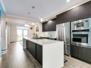 """Photo 5: 116 16488 64 Avenue in Surrey: Cloverdale BC Townhouse for sale in """"HARVEST AT BOSE FARMS"""" (Cloverdale)  : MLS®# R2601815"""