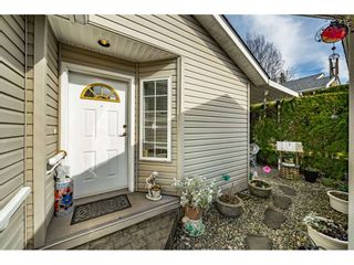 """Photo 5: 144 9080 198 Street in Langley: Walnut Grove Manufactured Home for sale in """"Forest Green Estates"""" : MLS®# R2547328"""