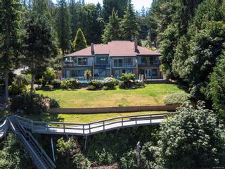 Photo 3: 1032/1034 Lands End Rd in North Saanich: NS Lands End House for sale : MLS®# 883150