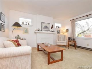 Photo 3: 1145 May St in VICTORIA: Vi Fairfield West House for sale (Victoria)  : MLS®# 719695