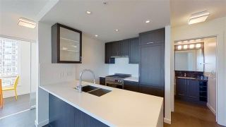 Photo 7: 2507 5515 BOUNDARY ROAD in VANCOUVER: Collingwood VE Condo for sale (Vancouver East)  : MLS®# R2582797