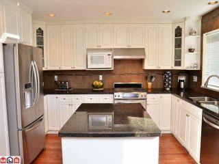 Photo 4: 13940 LAUREL Avenue: White Rock House for sale (South Surrey White Rock)  : MLS®# F1203959