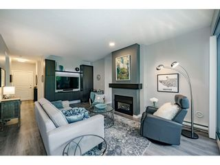 """Photo 9: 201 1705 MARTIN Drive in Surrey: Sunnyside Park Surrey Condo for sale in """"Southwynd"""" (South Surrey White Rock)  : MLS®# R2393853"""