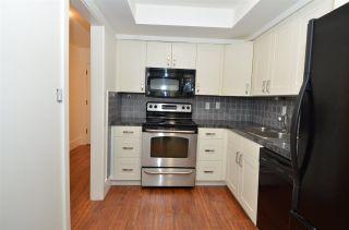 "Photo 6: 104 1381 MARTIN Street: White Rock Condo for sale in ""CHESTNUT VILLAGE"" (South Surrey White Rock)  : MLS®# R2443318"